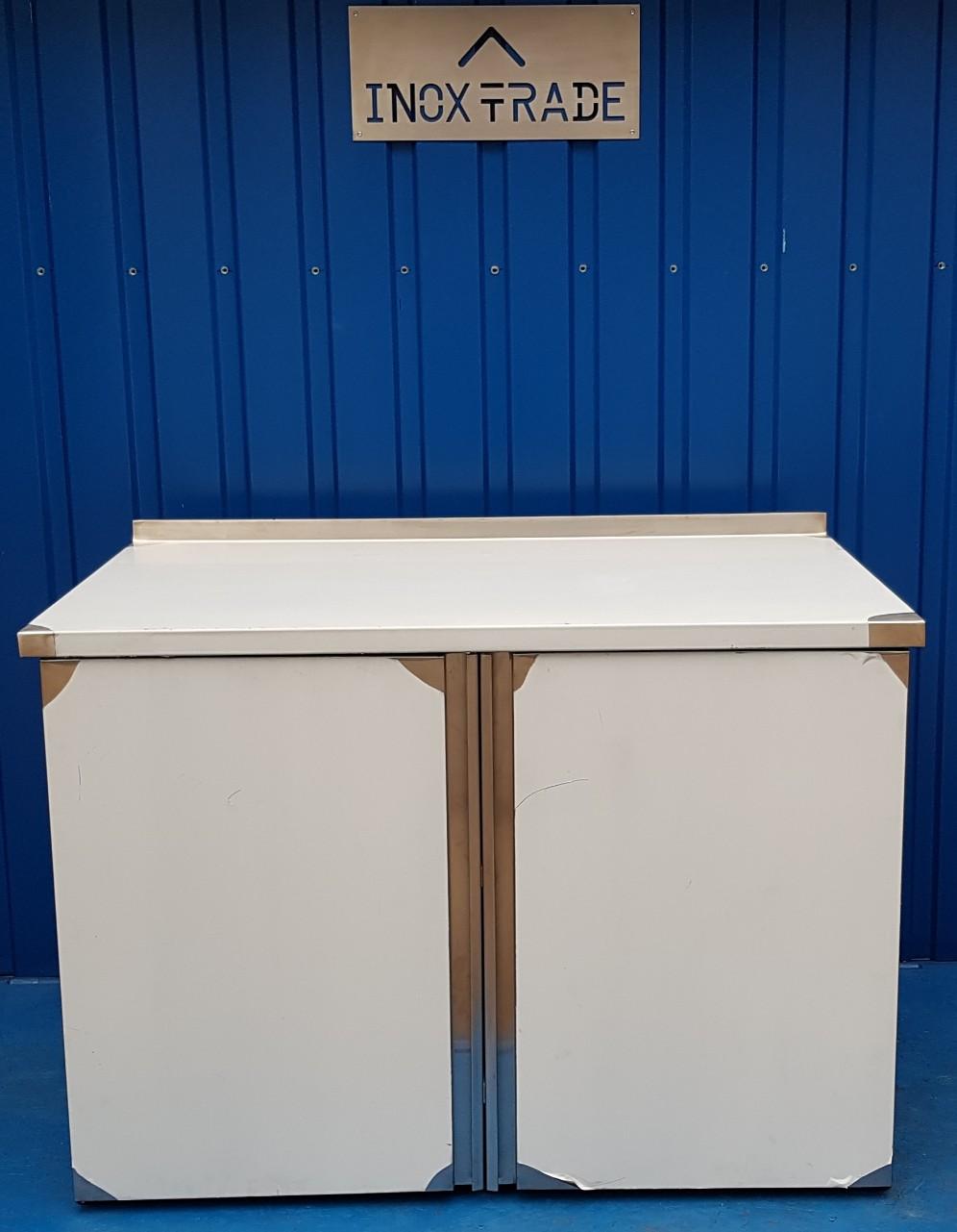 Стол производственный закрытый 1700мм x 600мм x 850мм - фотография №1