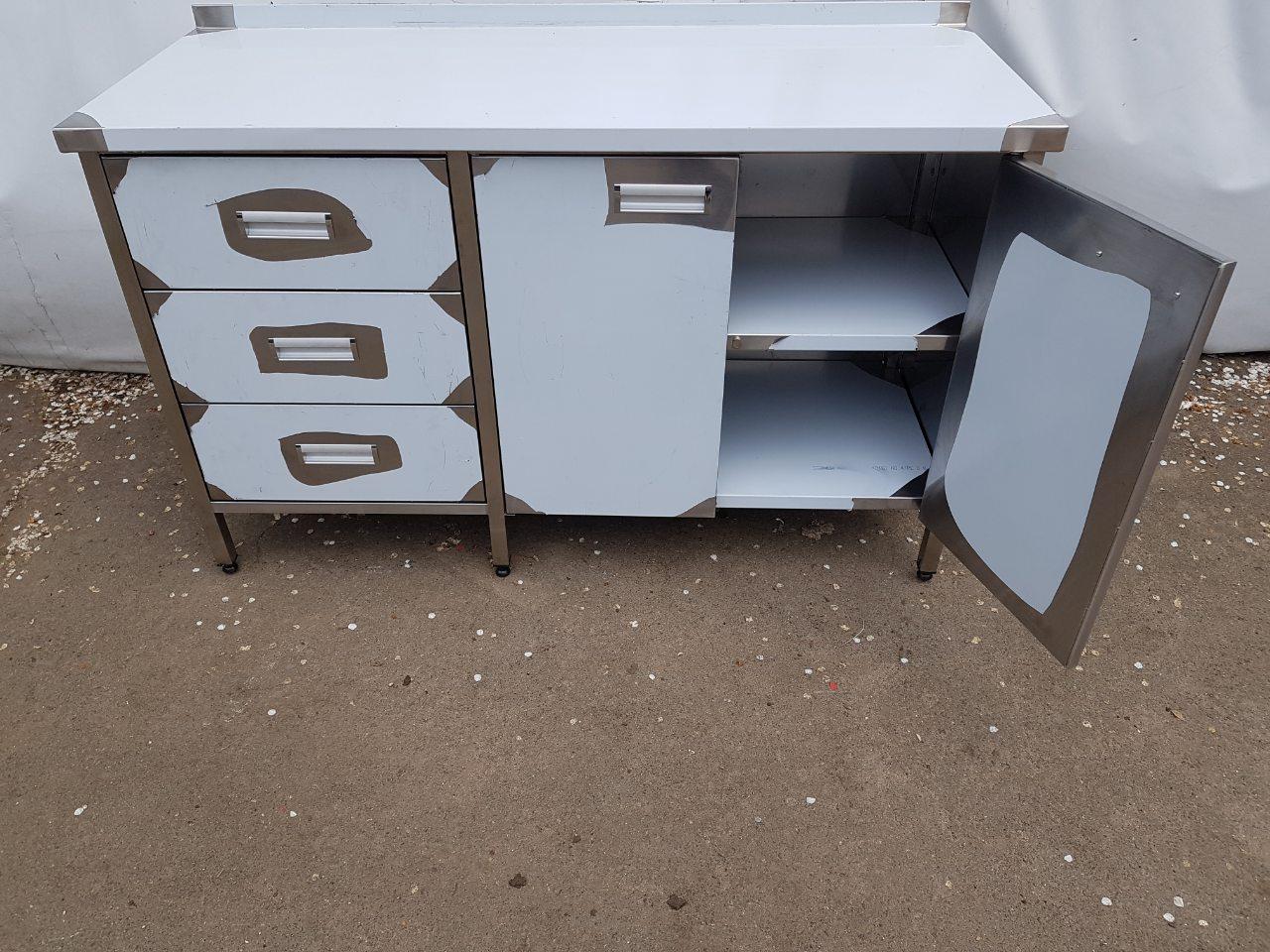 Стол производственный закрытый 1800мм x 600мм x 850мм - фотография №7