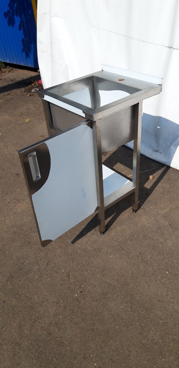 Стол производственный закрытый 1800мм x 600мм x 850мм - фотография №9