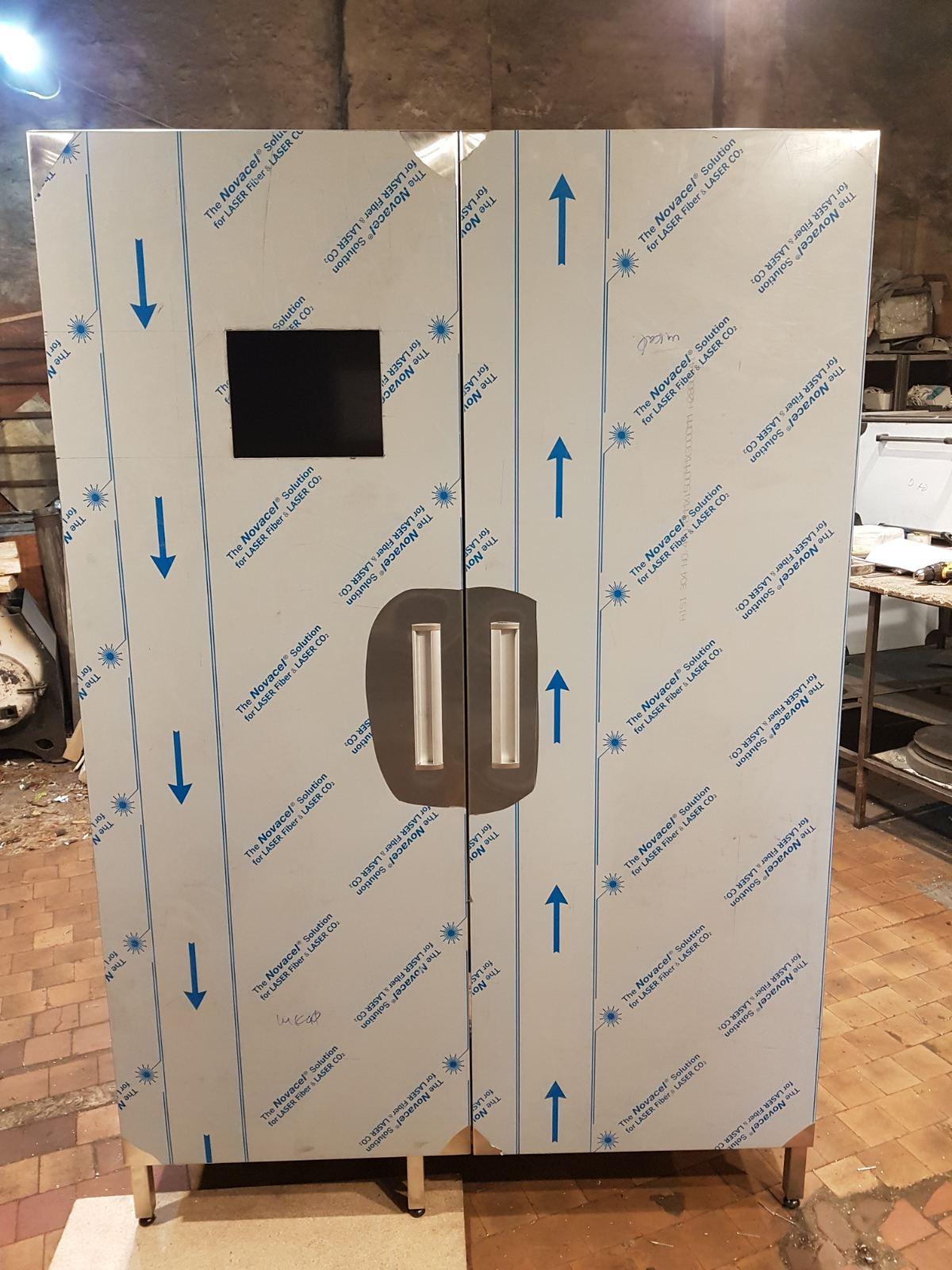 Шкаф производственный напольный (1100 x 500 x 1800) - фотография