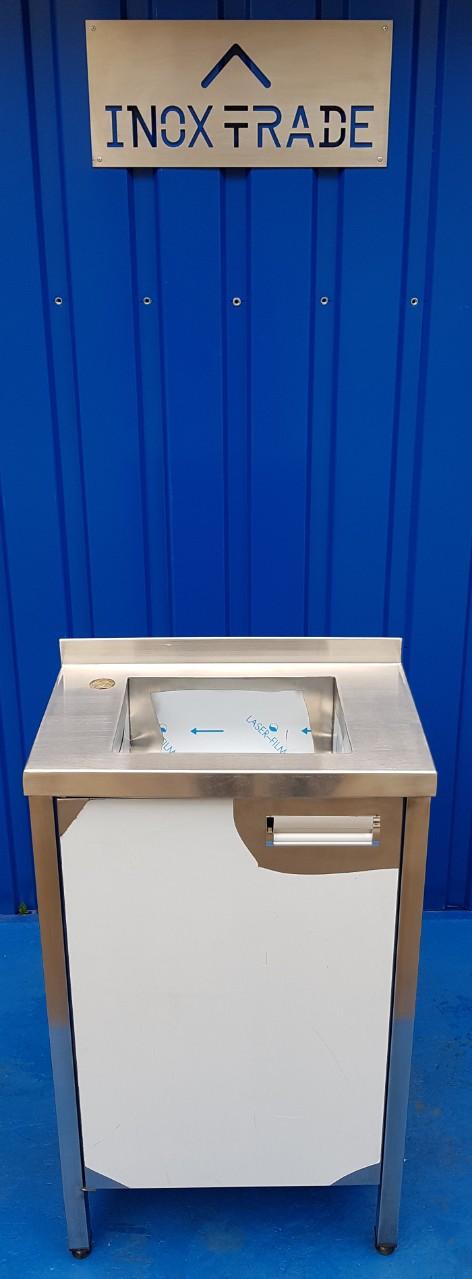 Стол производственный закрытый 1700мм x 600мм x 850мм - фотография №5